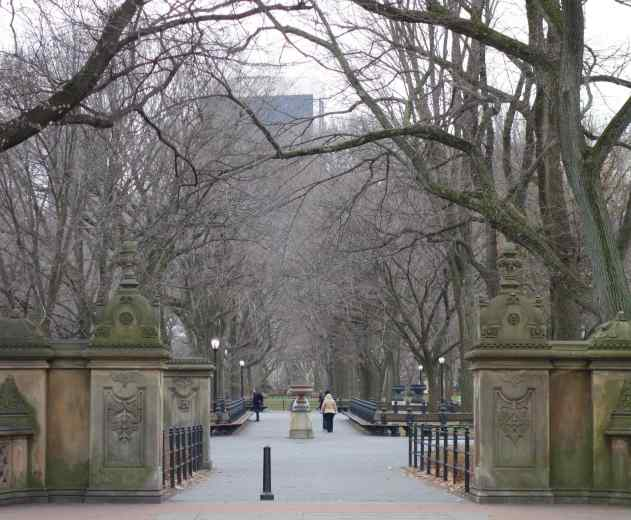 This entrance to Central Park made me feel welcome.