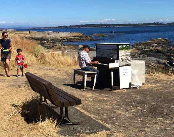 My first sighting of a seaside piano was in Canada this summer!