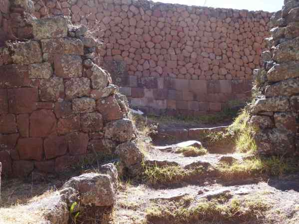 On that back wall, you can see that the old Inca way of laying stones (bottom layer) is much better than the new way.