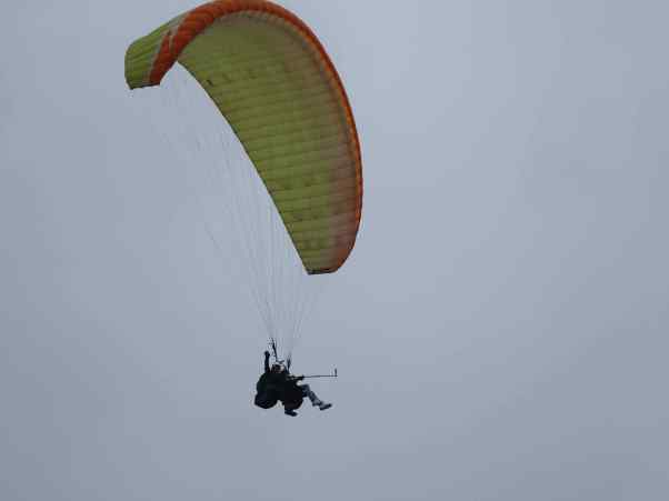 All you need to paraglide is right here in Lima: strong ocean winds and a cliff to jump off, and you're airborne!