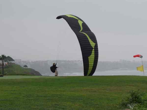 This is the little paraglider' airport by the ocean. They have a paragliding school here too!